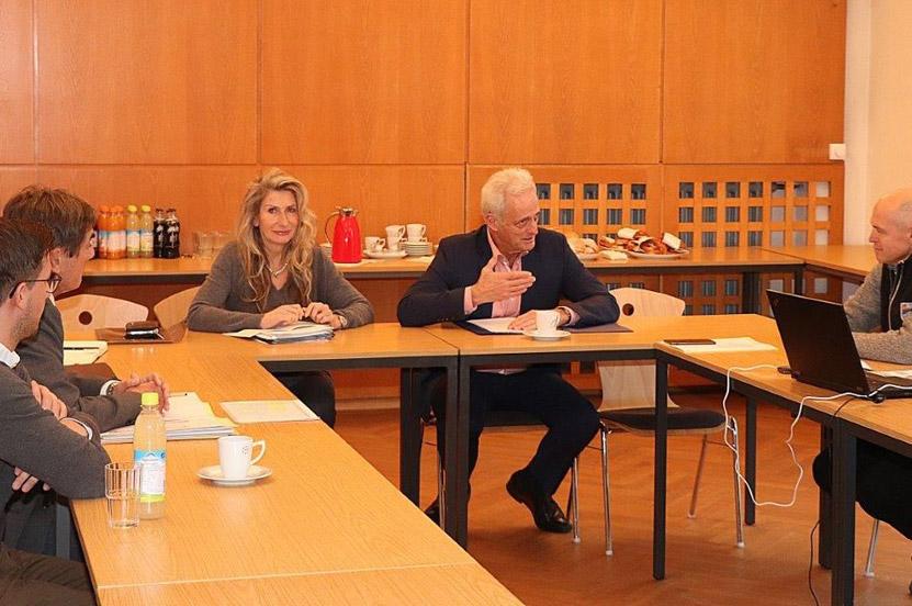 Straßenbaukonferenz im Staatlichen Bauamt
