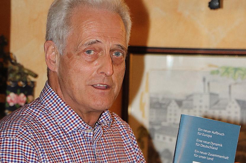 Peter Ramsauer im Dialog mit Mitgliedern der Seniorenunion